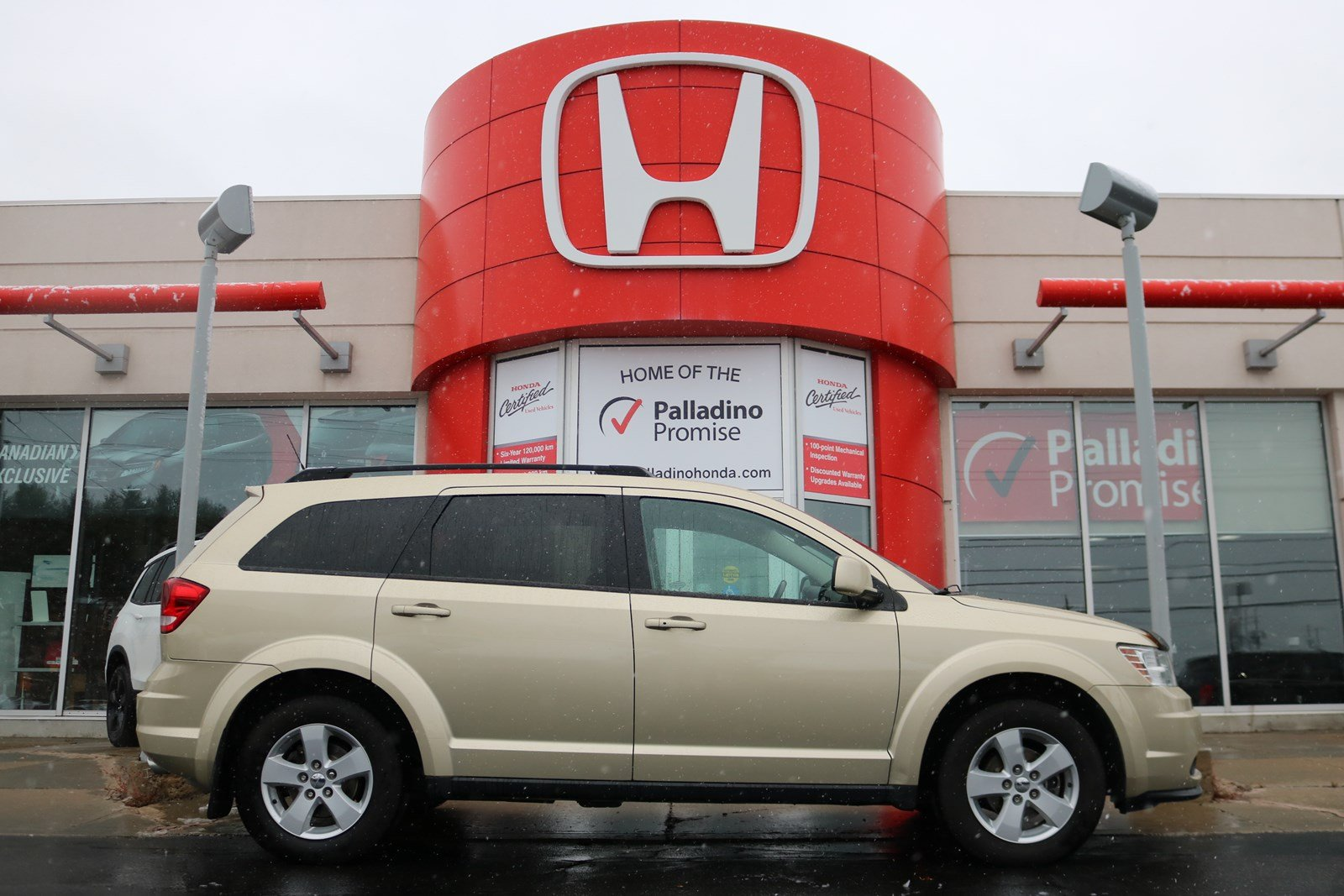 Pre-Owned 2011 Dodge Journey SXT-CERTIFIED