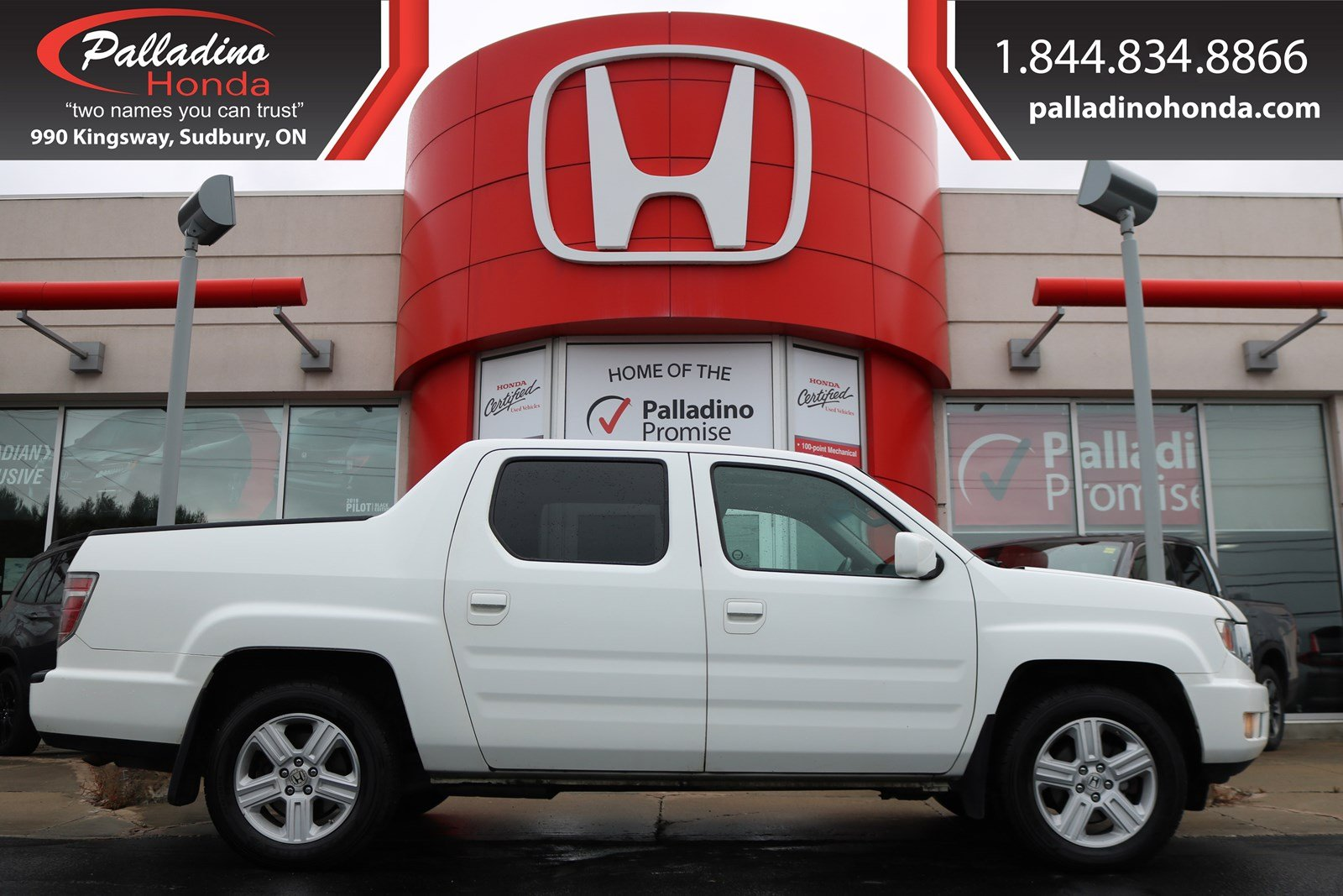Pre-Owned 2013 Honda Ridgeline Touring-NAVIGATION, HEATED SEATS, BACKUP CAMERA