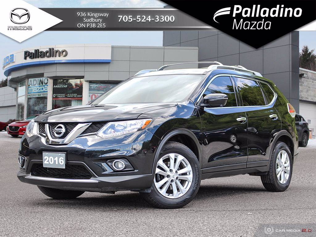 Pre-Owned 2016 Nissan Rogue SV - TECH PACKAGE - LOW MILEAGE
