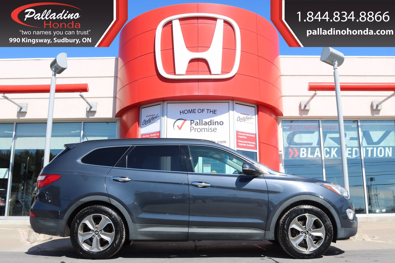 Pre-Owned 2013 Hyundai Santa Fe Luxury- ALL WHEEL DRIVE, THIRD ROW SEATS